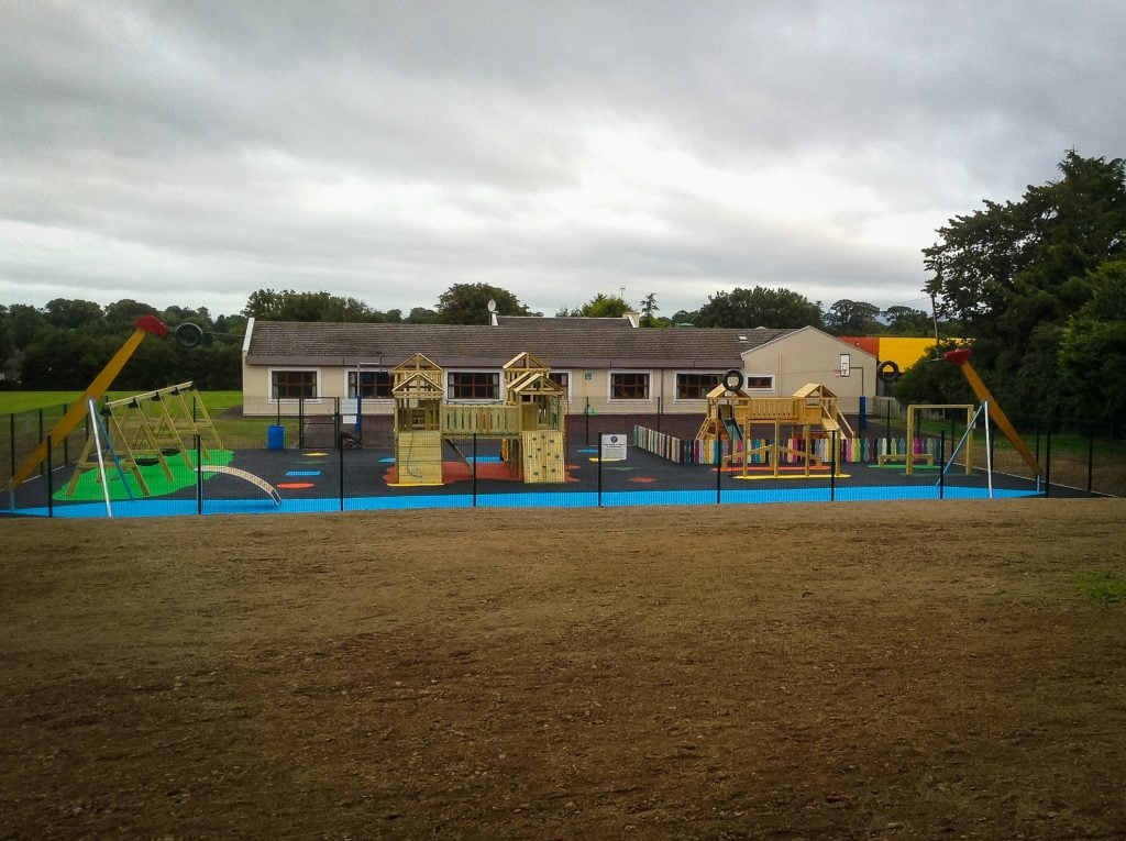 Meegan builders - childrens play area
